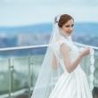 Фотосессия на свадьбе с видом на город